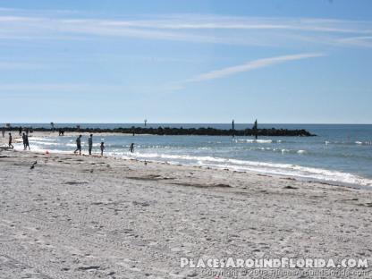 Clearwater Beach, FL courtesy of www.Placsaroundflorida.com